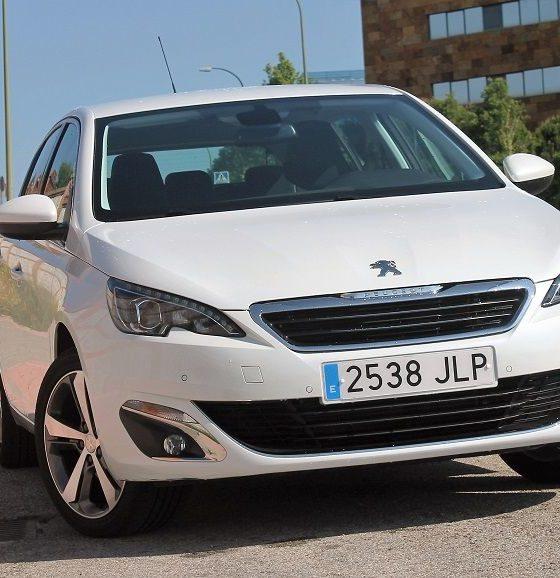 Peugeot 308 tradición revolucionaria 31