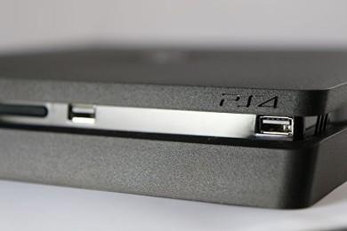 """Publican un """"unbox"""" de PS4 Slim y nos la muestran al detalle"""