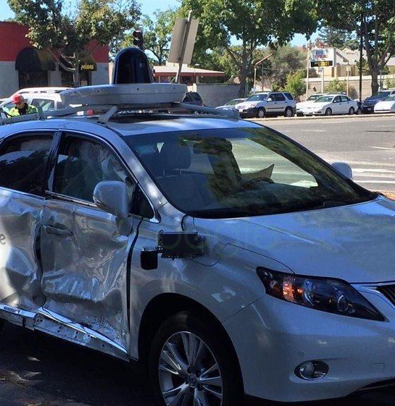 Coche autónomo de Google sufre accidente, pero no es el culpable 31