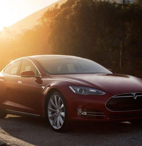 Hackean un Tesla a una distancia de casi veinte kilómetros 31