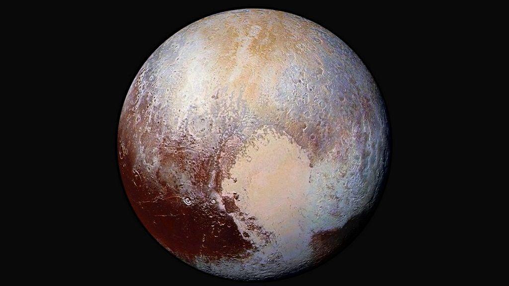 Ya sabemos por qué Plutón presenta esa especie de corazón en su superficie 29
