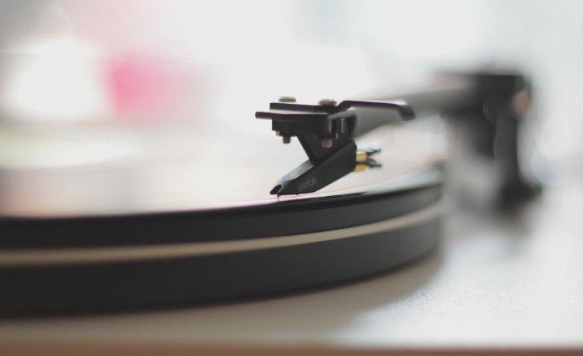 La codicia de la industria discográfica, el éxito de YouTube