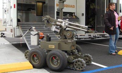 Un robot desarma a un hombre violento sospechoso de robo 52