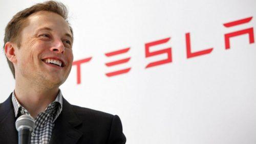 Elon Musk ve a los robots como algo vital para colonizar Marte