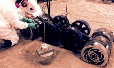 La NASA muestra el robot minero que irá a Marte 44