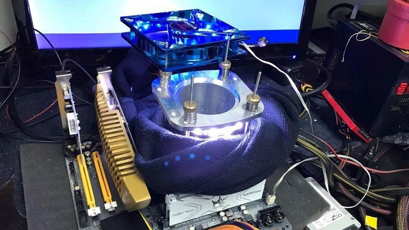 Llevan un I7-7700K a 6,7 GHz con nitrógeno líquido, i5 7600K a 5,1 GHz por aire 29