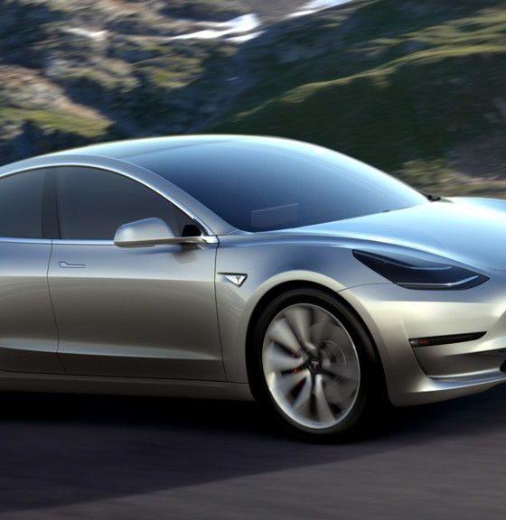 Tesla prepara una sorpresa para el 17 de octubre, ¿será el Model 3? 33