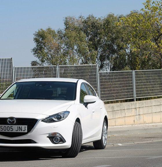 Mazda 3: estilo racional 32