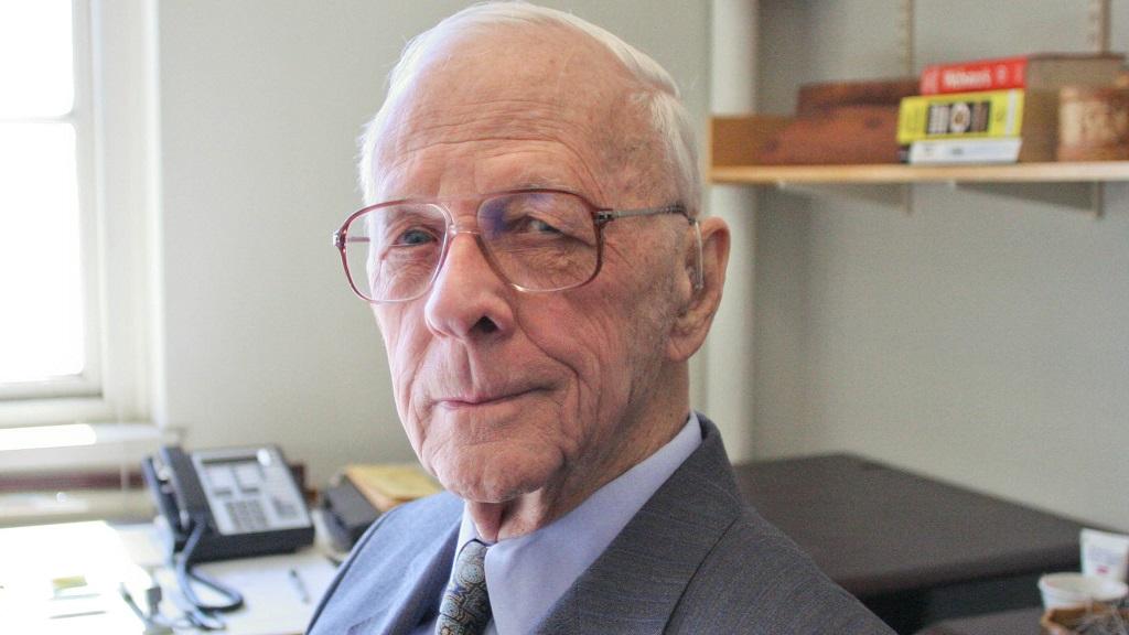 Nos deja Jay Forrester, el padre de la dinámica de sistemas 29
