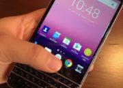 Imágenes de BlackBerry Mercury con teclado físico a la antigua usanza 30