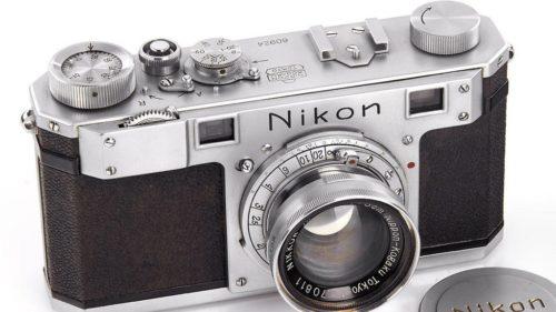Subastan una de las primeras cámaras Nikon por 406.000 dólares