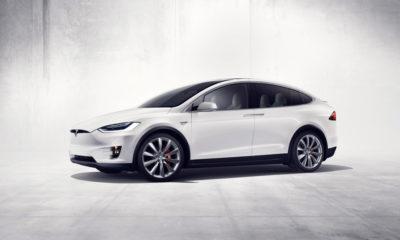 Así es el modo Navidad del Tesla Model X, divertido y muy conseguido 112
