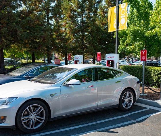 Los próximos supercargadores de Tesla serán muy rápidos 33