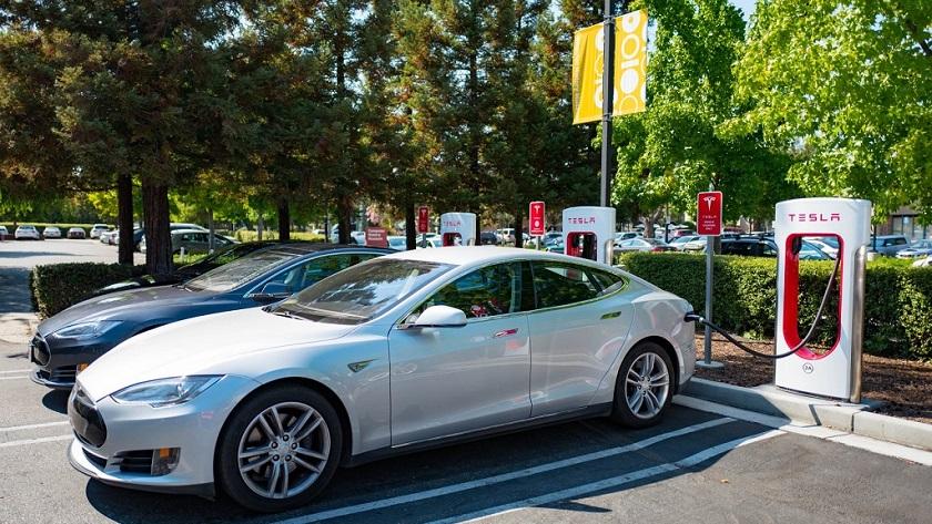 Los próximos supercargadores de Tesla serán muy rápidos 31