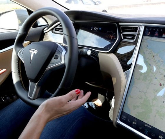 El Autopilot de Tesla alerta de un accidente antes de que ocurra 31
