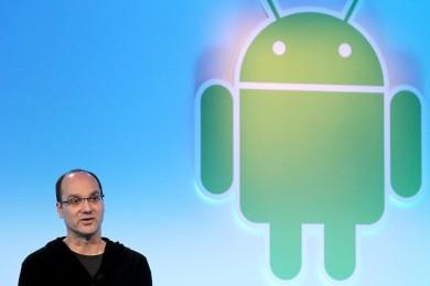 Andy Rubin trabaja en un smartphone modular sin bordes