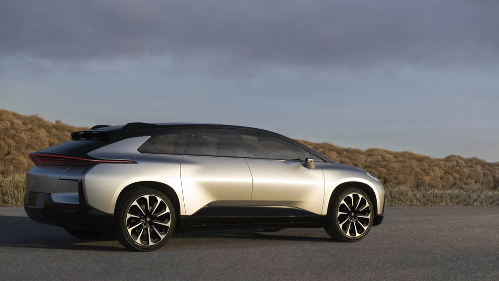 El coche FF 91 de Faraday costará unos 300.000 dólares 30