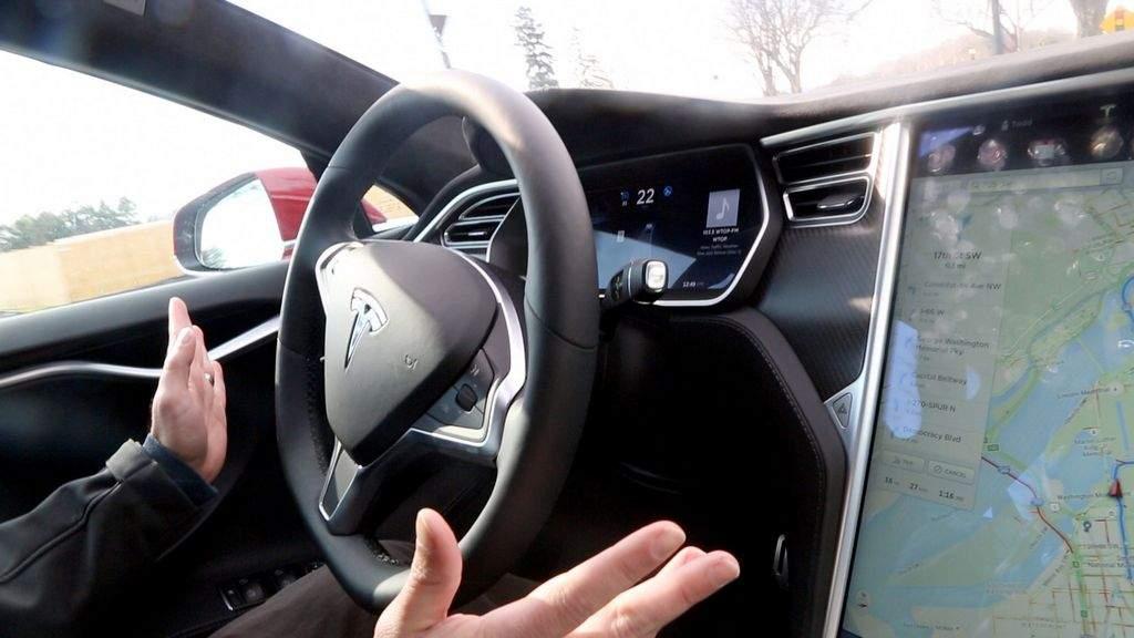 La NHTSA concluye su investigación sobre el Autopilot de Tesla 29