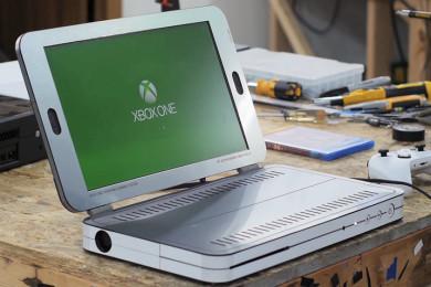 Cómo transformar una Xbox One S en un portátil
