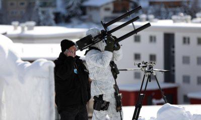 La policía suiza asegura el World Economic Forum con pistolas anti-drones 104