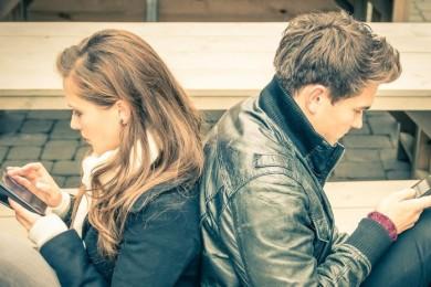 Citas y smartphones: ¿Android o iOS? A la mayoría no le importa