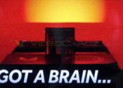 Aparecen imágenes de la RX Vega de AMD, acabado en plata y rojo 33