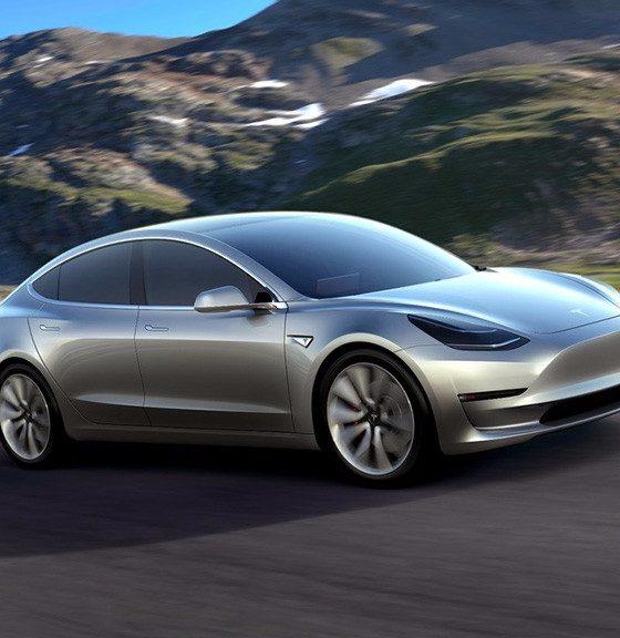 Avistado un Tesla Model 3 circulando por carretera 29