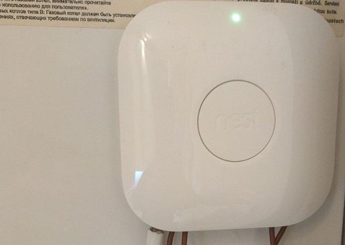 Además del termostato, deberemos acoplar un panel de control en nuestra caldera