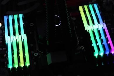 G.Skill lanza nuevo kit Trident Z RGB de 128 GB de DDR4 a 3.333 MHz