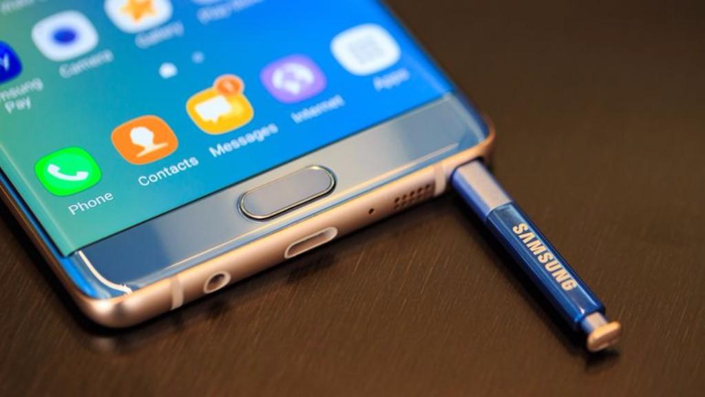 Aparece una supuesta imagen del Galaxy Note 8 30