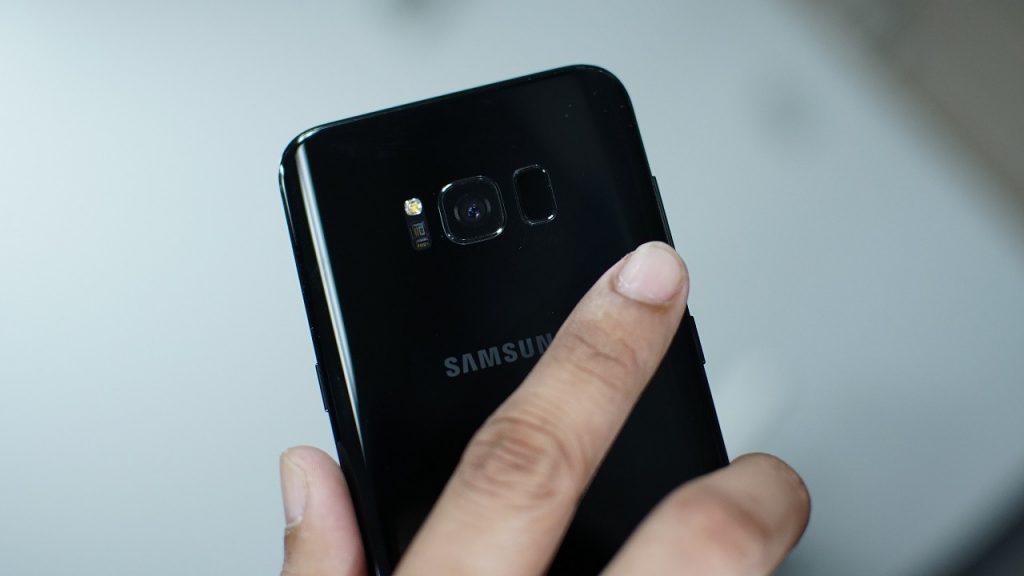 El Galaxy S8 tiene fallos de diseño, dice un analista 29