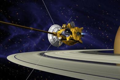 Casssini sale ilesa de su primera incursión entre los anillos de Saturno