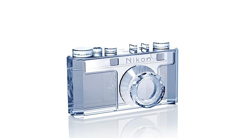 Nikon celebra sus cien años de existencia con ediciones especiales 28