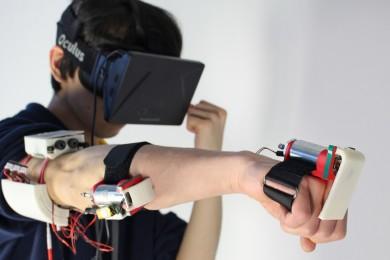 Consiguen simular muros en realidad virtual con impulsos eléctricos