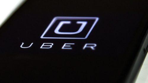 Tim Cook paró los pies a Uber por violar la privacidad en iPhone