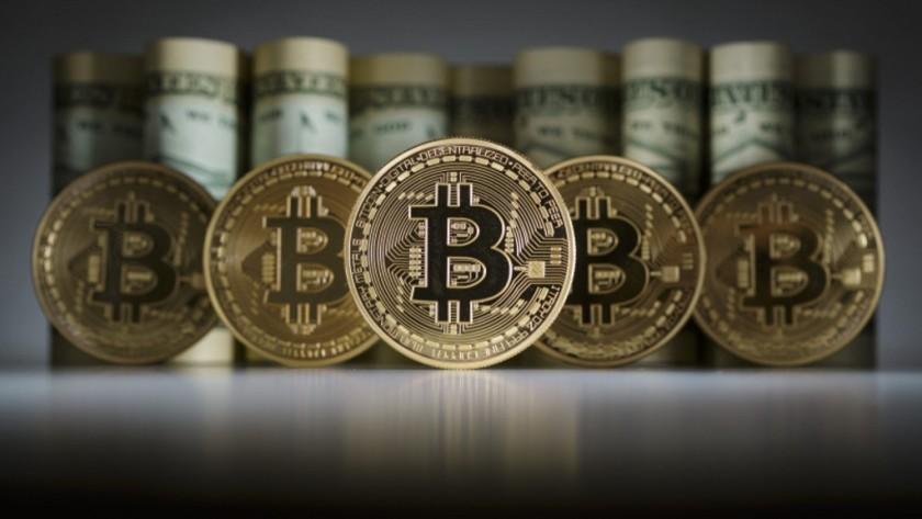La criptodivisa Bitcoin registra un nuevo récord, 1.700 dólares al cambio