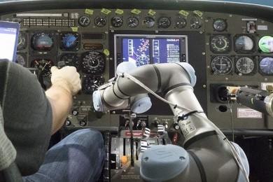Un robot ha logrado aterrizar un Boeing 737 en un simulador