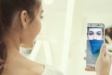Logran engañar al escáner de iris del Galaxy S8