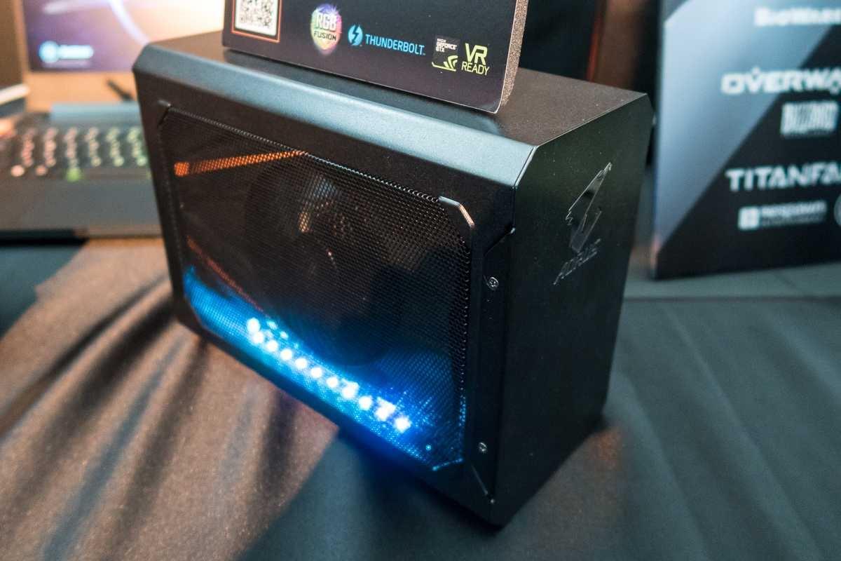 GIGABYTE lanza la AORUS GTX 1070 Gaming Box 30