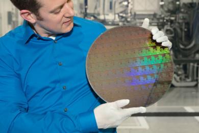 IBM presenta el primer chip de 5 nm mundial