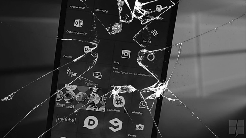 "Windows 10 Build 16212 Insider convierte móviles en ""ladrillos"""