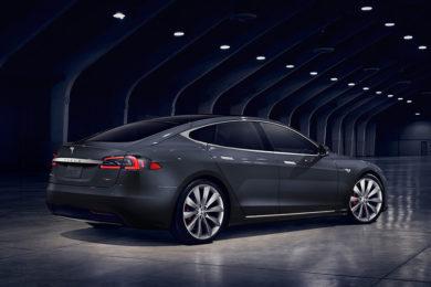 El accidente mortal del Tesla Model S se debió a una neglicencia del conductor