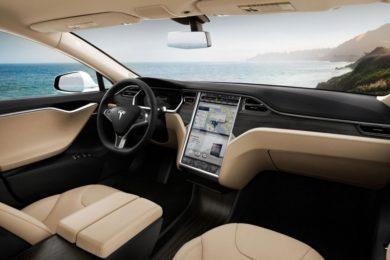 Tesla trabaja en su propio servicio de streaming de música