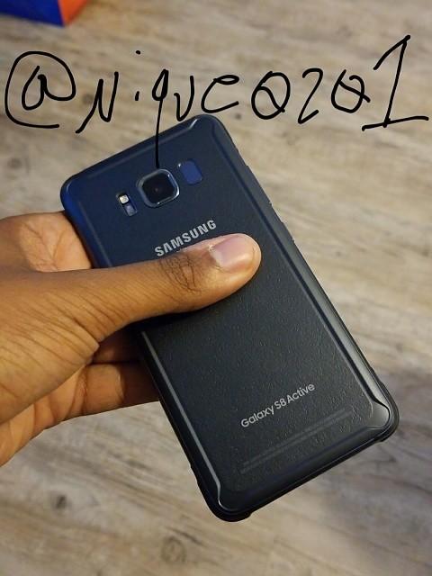 Así es el robusto Galaxy S8 Active 31