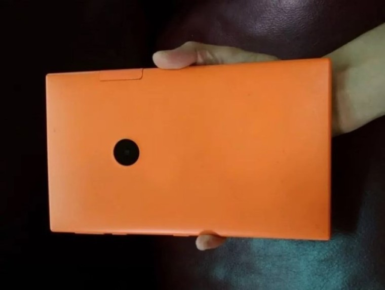 Nuevas imágenes de Mercury, la tablet con Windows 8.1 que canceló Nokia 33