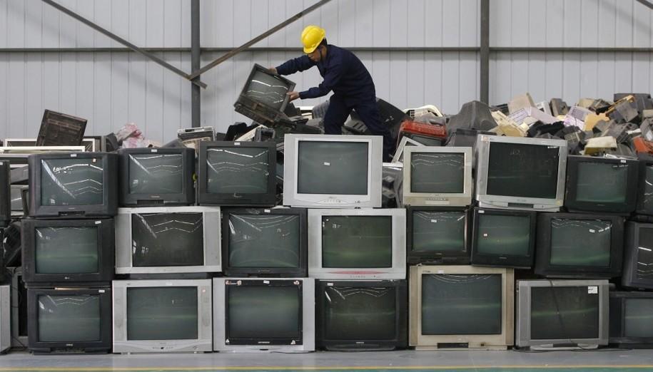 """UE critica la """"obsolescencia tecnológica"""" ¡Queremos reparar y no acumular cacharros! 34"""