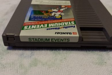 Vendido cartucho de NES por casi 42.000 dólares