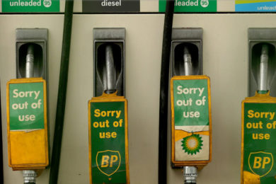 Reino Unido prohibirá la venta de automóviles de combustión interna en 2040