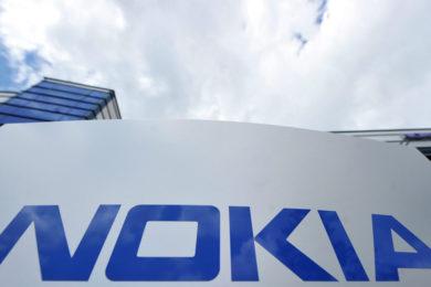 Apple paga a Nokia 2.000 millones de dólares por patentes
