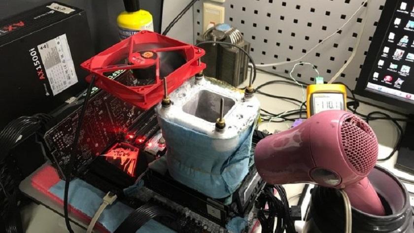 Logran llevar un Core i9 7900X a 6,01 GHz utilizando nitrógeno líquido 28